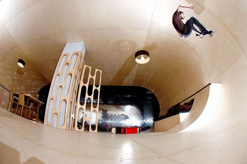 PAS Skateboard House 2