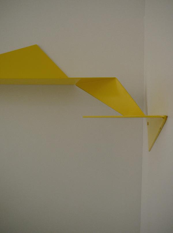 Dare-Dare corner wall shelf 3