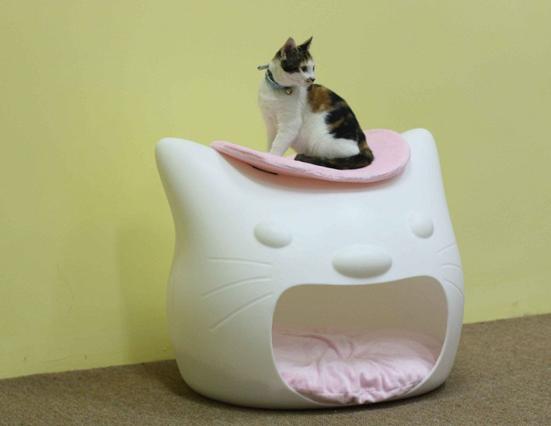 Kitty Meow cat bed 2