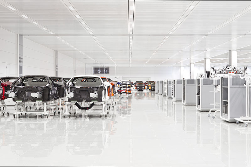 McLaren production Centre by Foster + Partners 10