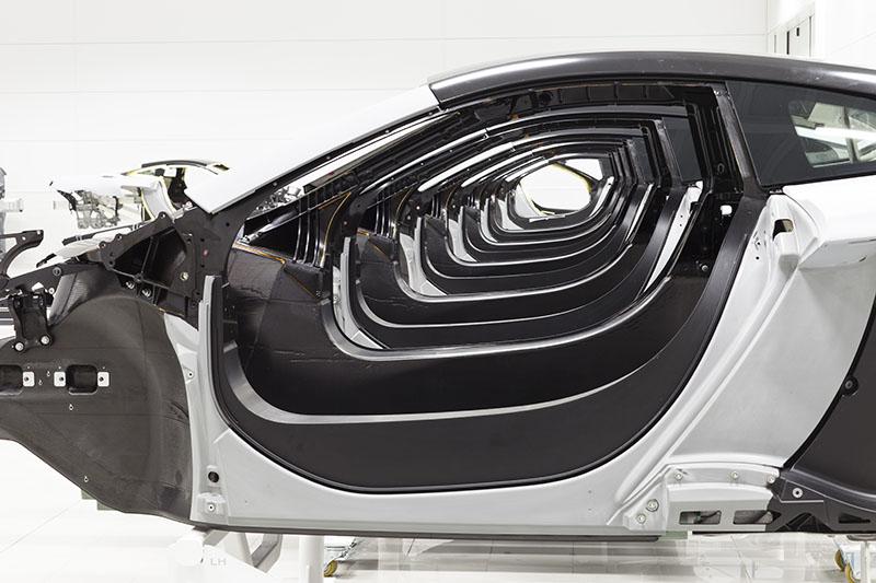 McLaren production Centre by Foster + Partners 7
