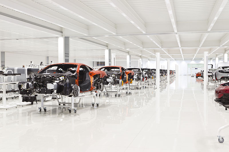 McLaren production Centre by Foster + Partners 8