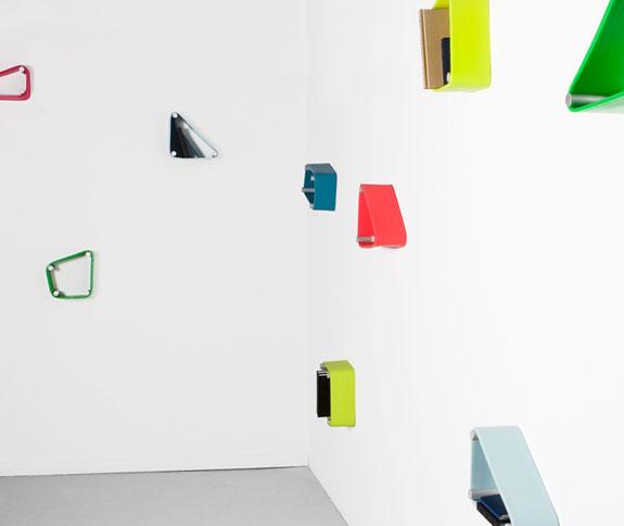 Wall mounted Stretch Shelf 5