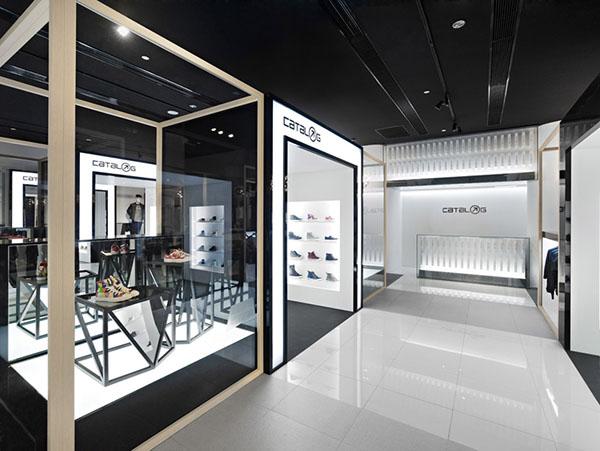 Catalog Flagship Store in Beijing 5