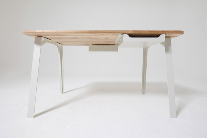 Mantis modular work desk 2