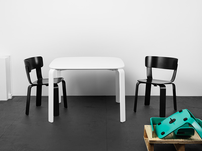 Bento Chair and Table 2