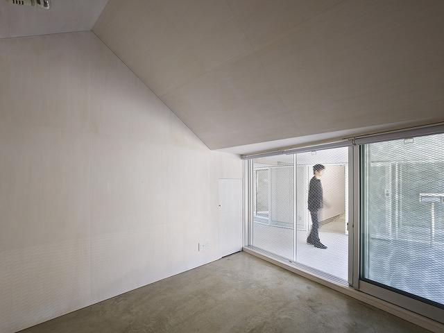 Cloudy House by Takao Shiotsuka Atelier 10