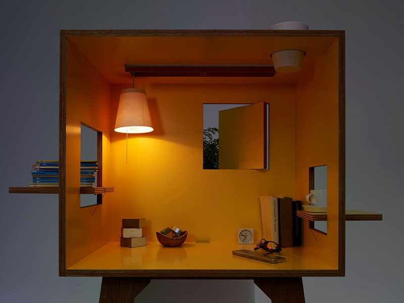 Koloro Desk 2