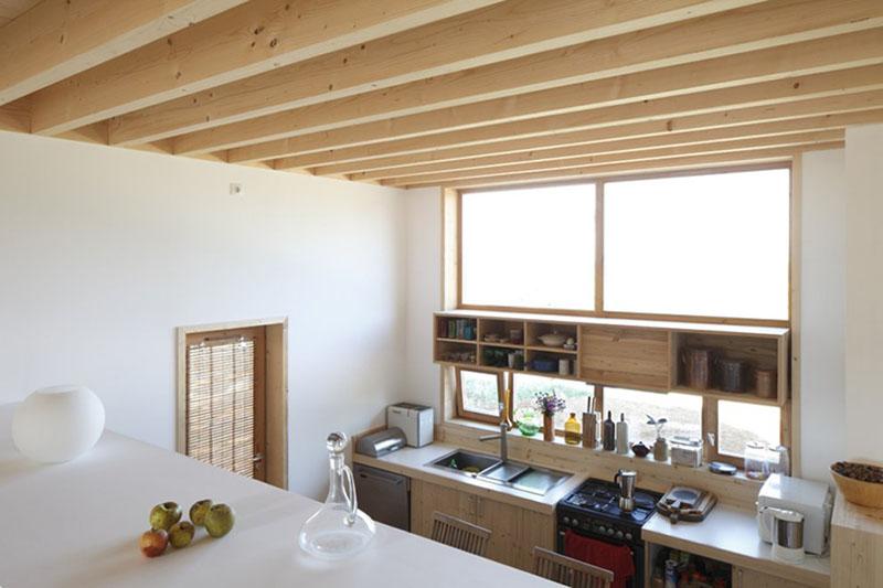 Sampan's House kitchen