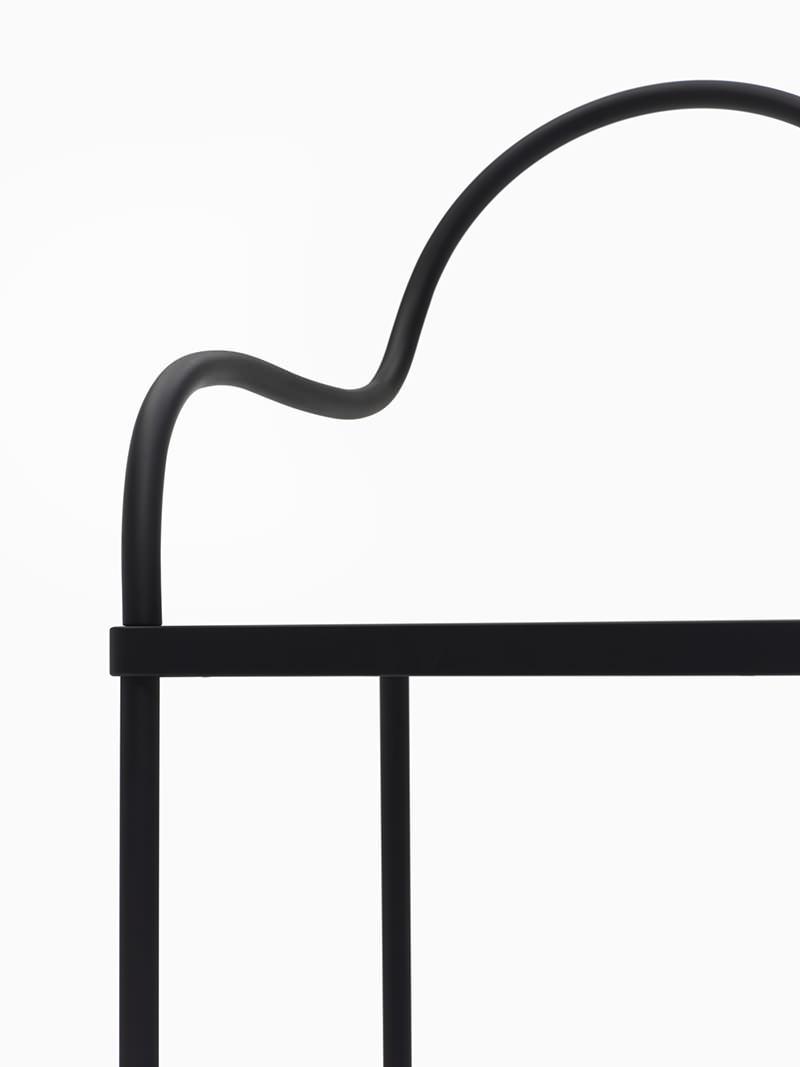 Melt Black Chair