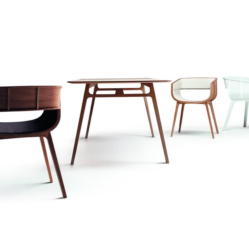 Pontoon dining table by Benjamin Hubert
