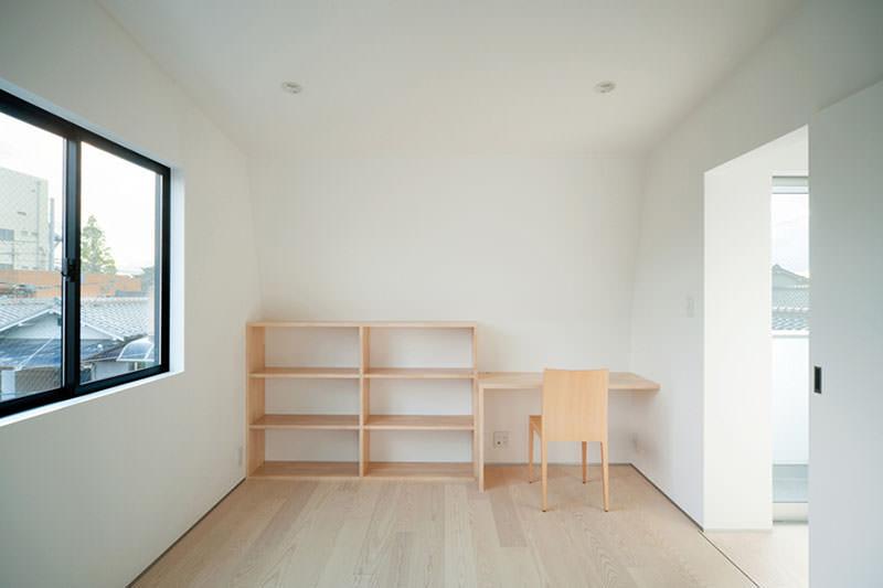 Hi House Study Room by Yosuke Ichii