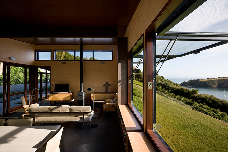 Owhanake Bay House by Strachan Group Architects