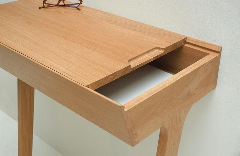 Quello Table with sliding top