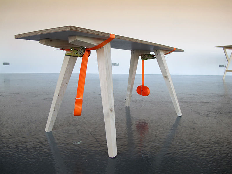 Movable Presence Flat-pack Table by Naty Moskovich