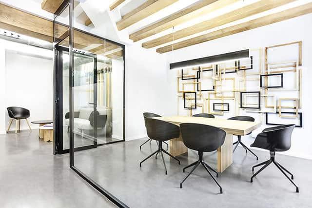 Zapata & Herrera Lawyer's Office Interior by +Quespacio