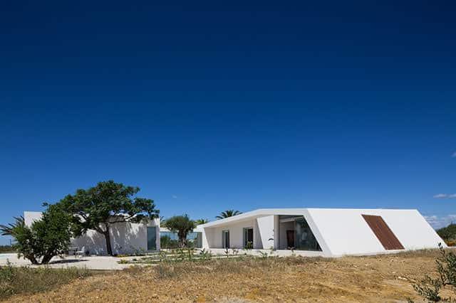 House in Tavira by Vitor Vilhena Architects