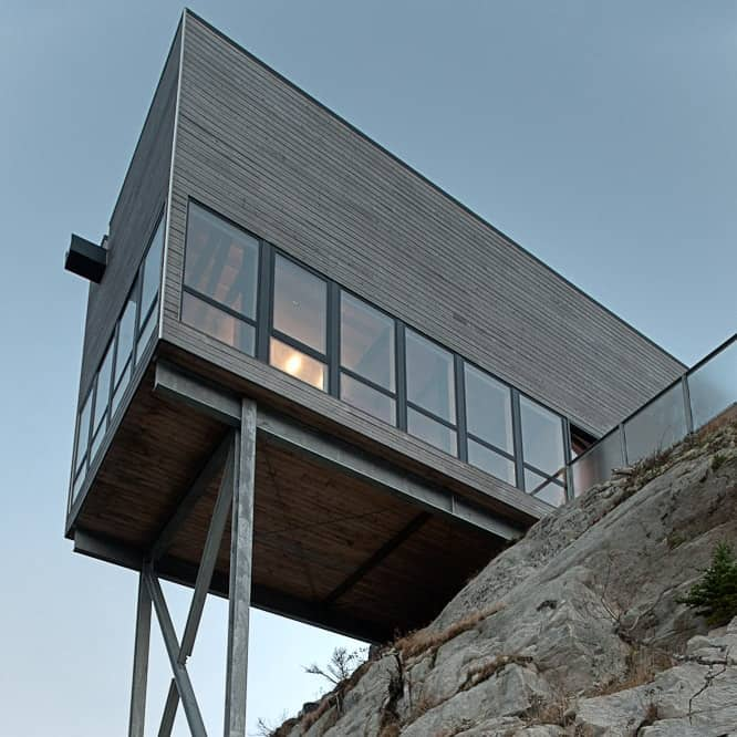 Cliff House Rustic Beach Cabin by MacKay-Lyons Sweetapple Architects