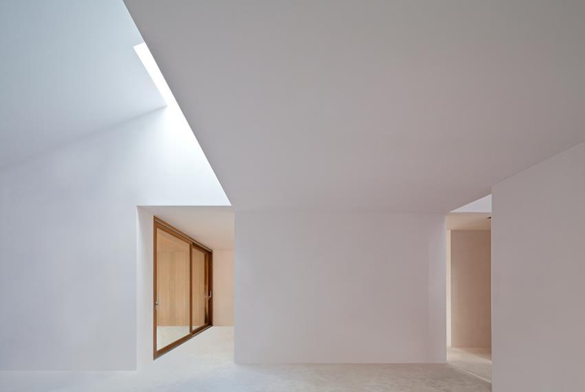 House in the Woods by Hayakawa/Kowalczyk