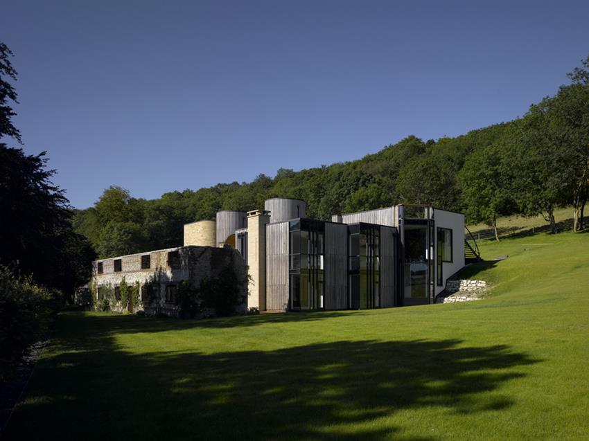 Downley House by BPR Architects
