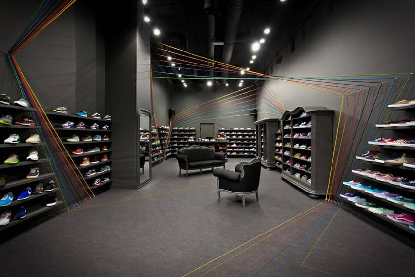 Run Colors Concept Store by mode:lina
