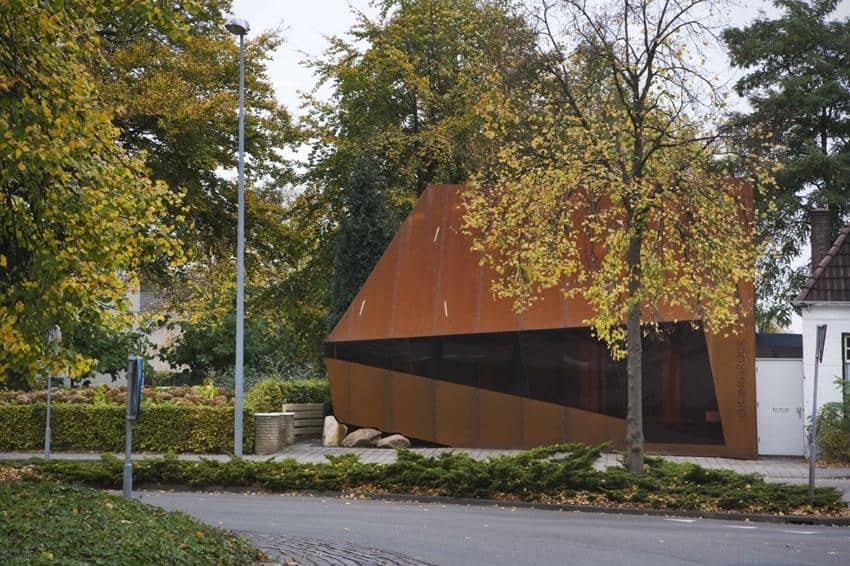 Orangerock by Möhn and Bouman Architects