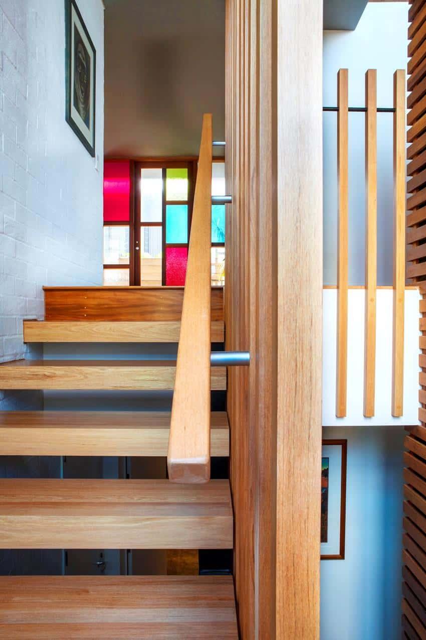 Winsomere Crescent House by Dorrington Architects & Associates