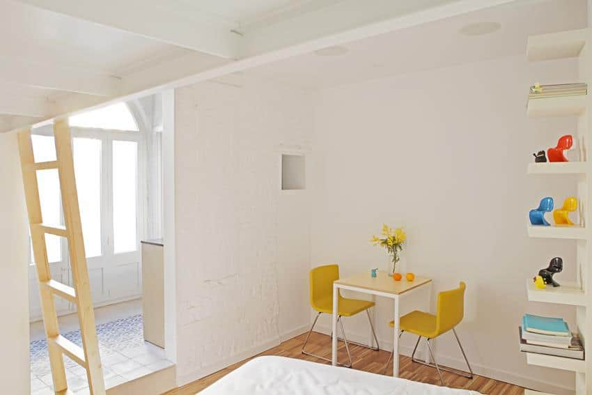 Salva46 - Barcelona Apartment Renovation by Miel Arquitectos & Studio P10