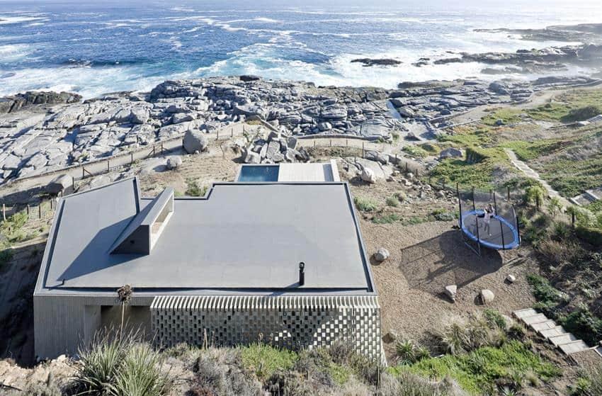 Rambla House by LAND Architects