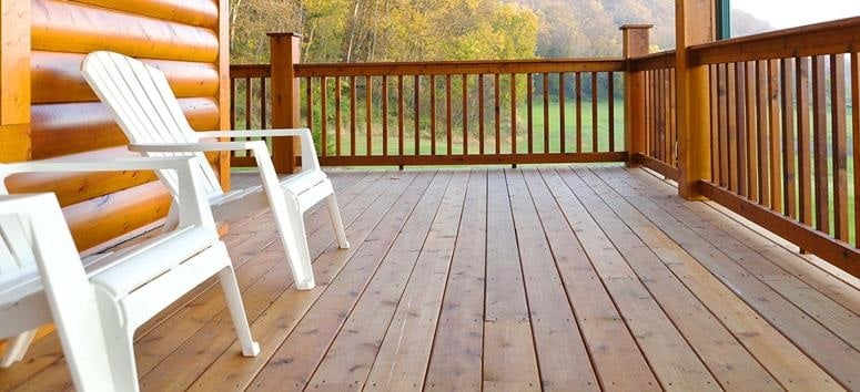 3 Tips for Prolonging the Life and Beauty of Your Home's Deck