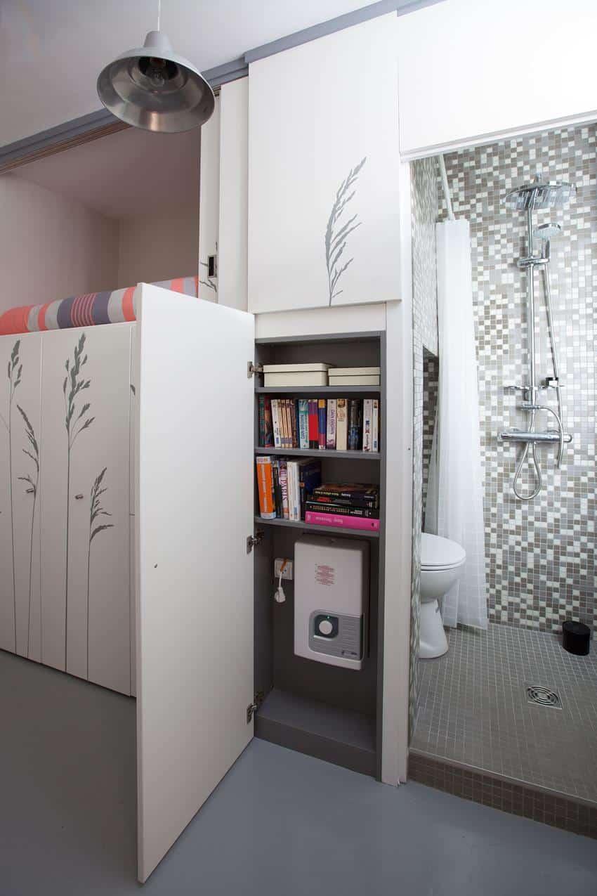Tiny Apartment In Paris by Kitoko Studio