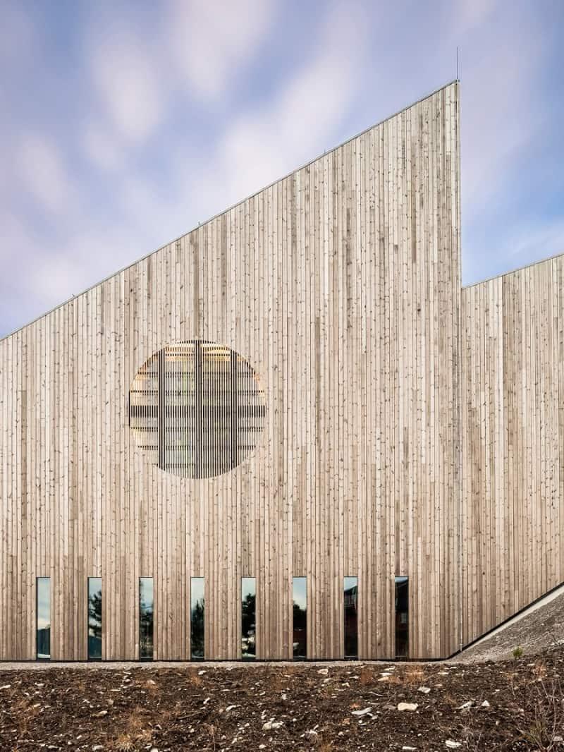 contemporary Norwegian church2