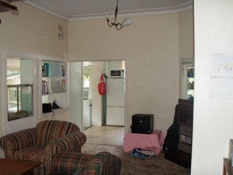 Before & After House Renovation Project in Sidney4