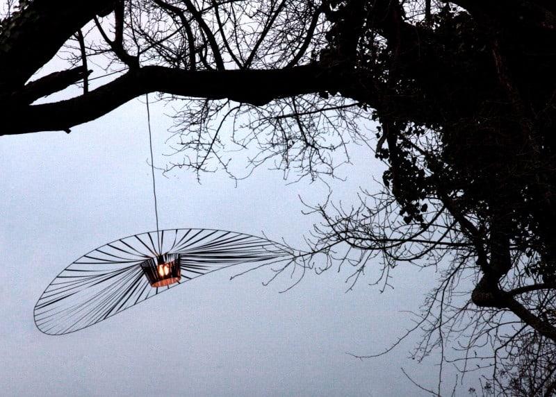Delicate and modern Vertigo lamp1