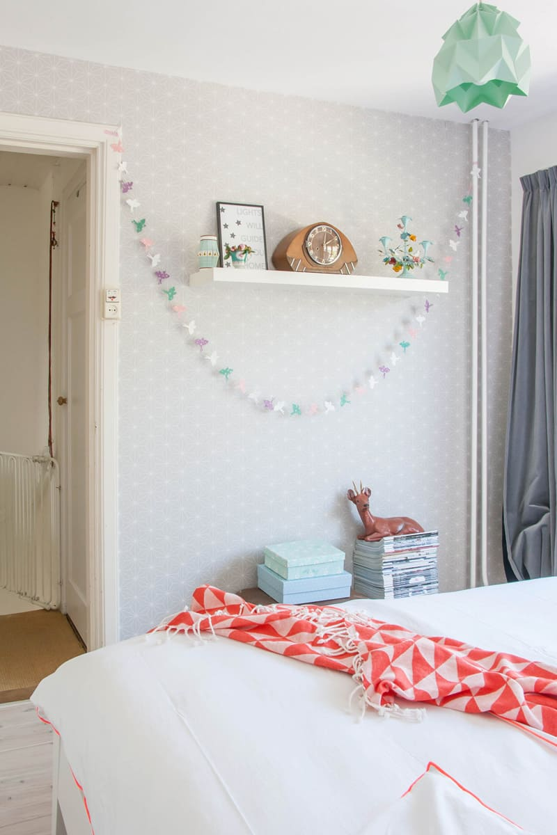 Cheerful and minimalist Dutch bedroom4