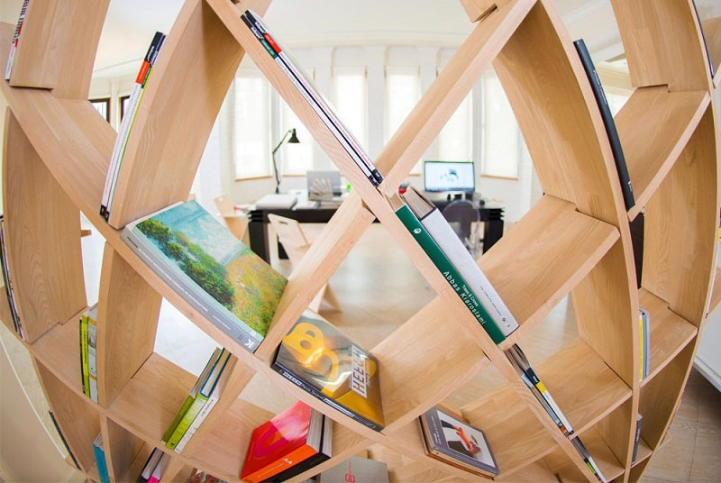 Creative sculptural bookshelf1