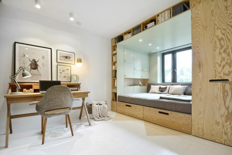 Practical and modern teen room