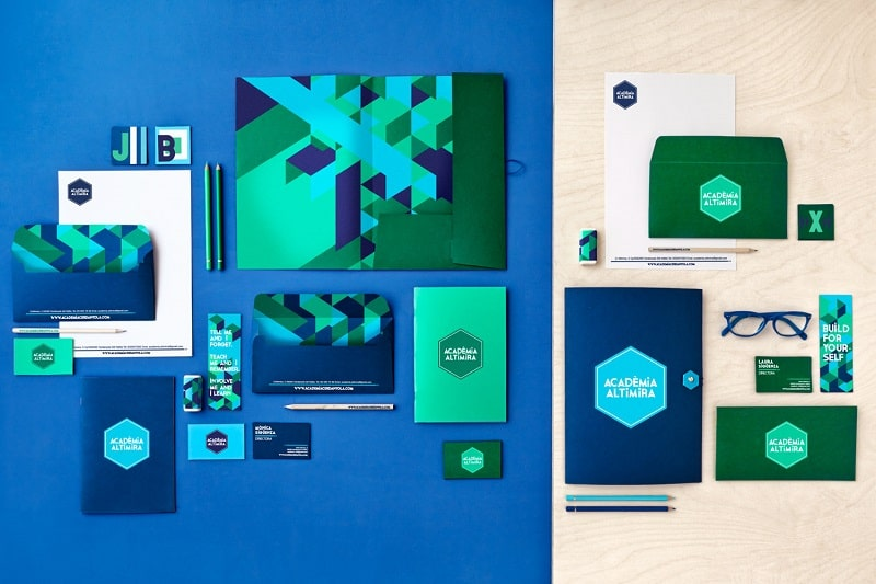 Academy of foreign languages with dynamic interior in blue-green tones11