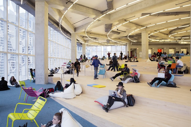 Modern and fun student learning center in Toronto3