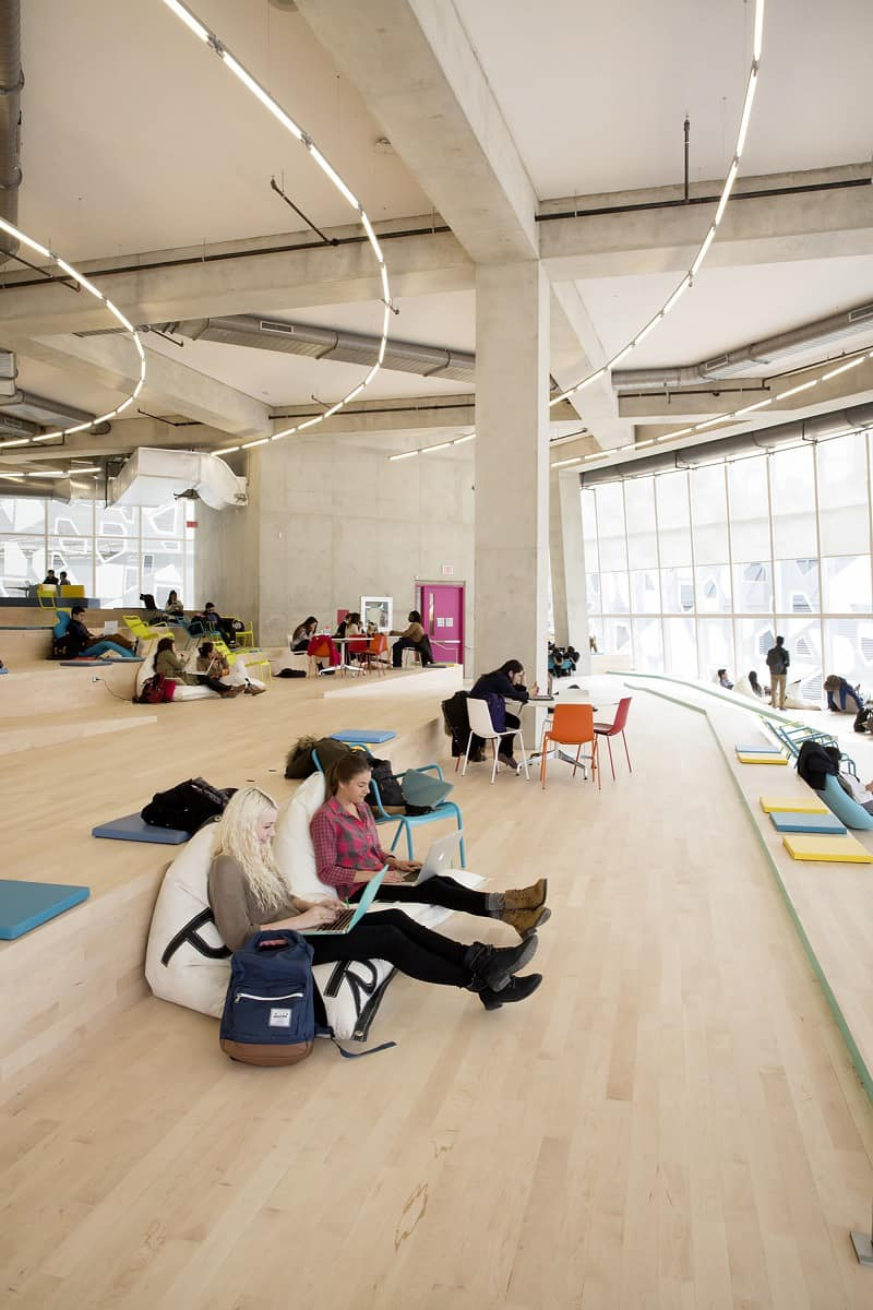 Modern and fun student learning center in Toronto4