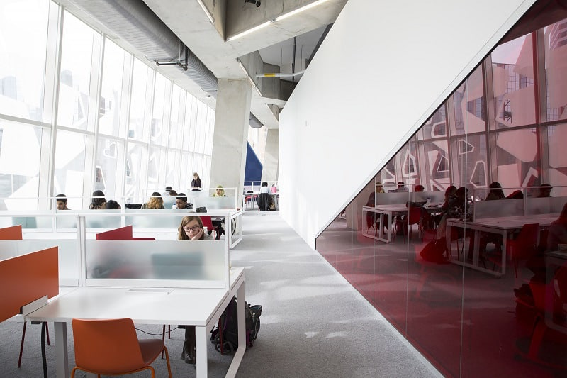 Modern and fun student learning center in Toronto6