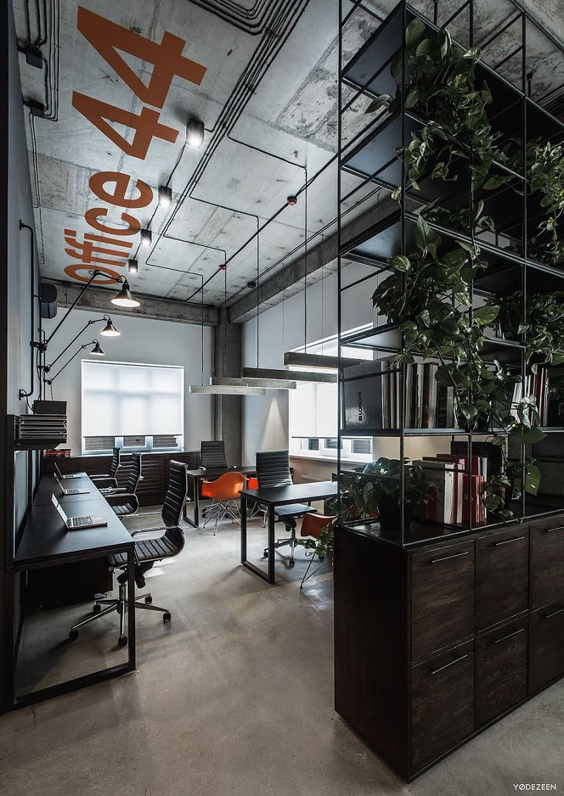 Cool offices in industrial style1
