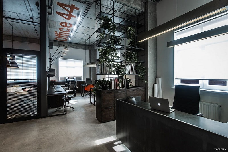 Cool offices in industrial style2