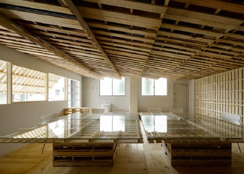 Tokyo office renovated with 130 shipping pallets8