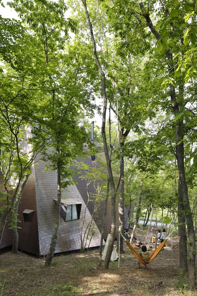 Amazing tepee-shaped house in Japan1