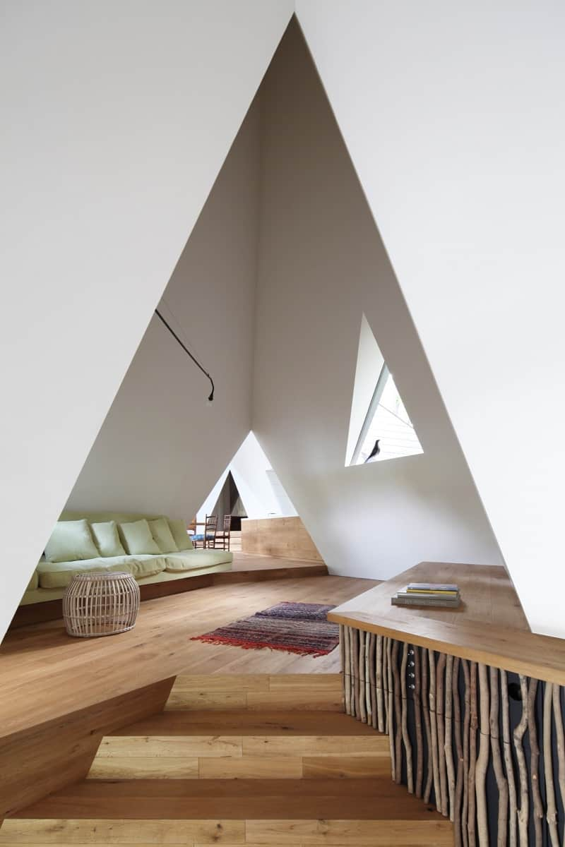 Amazing tepee-shaped house in Japan3