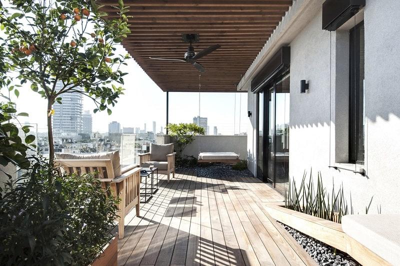Elegant duplex with practical modular furniture8