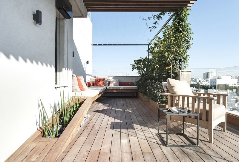 Elegant duplex with practical modular furniture9