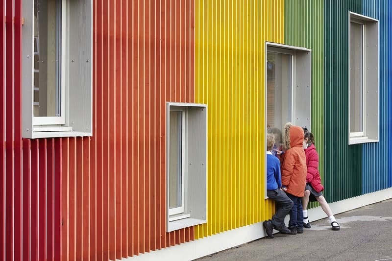 Colorful kindergarten in England2