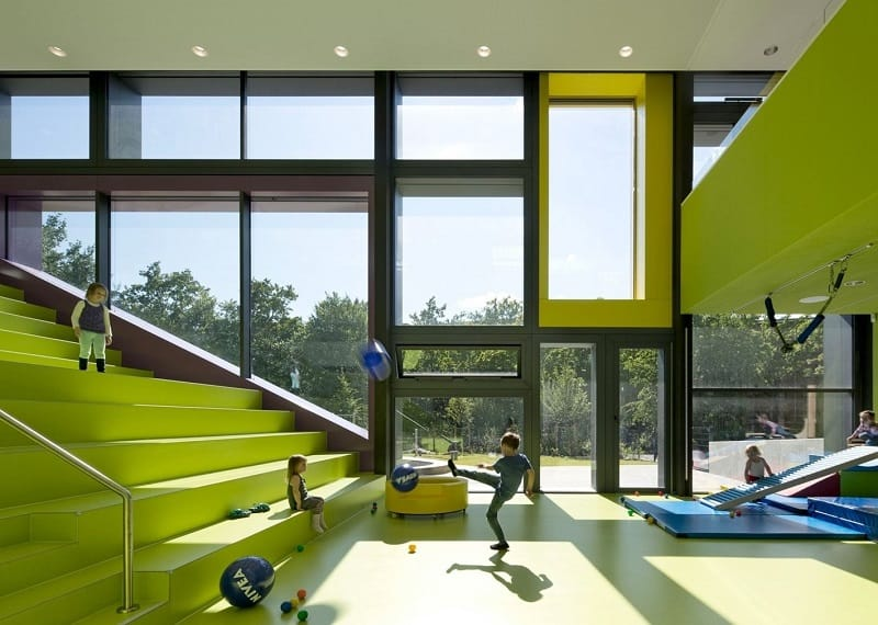 Children's daycare centre in Hamburg with a playful façade4